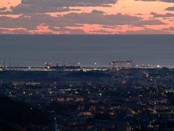 Marina di Carrara - veduta notturna litorale
